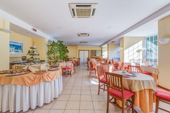 Hotel Giardino d'Europa: Colazione - Buffet breakfast
