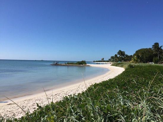 Sombrero Beach: photo0.jpg