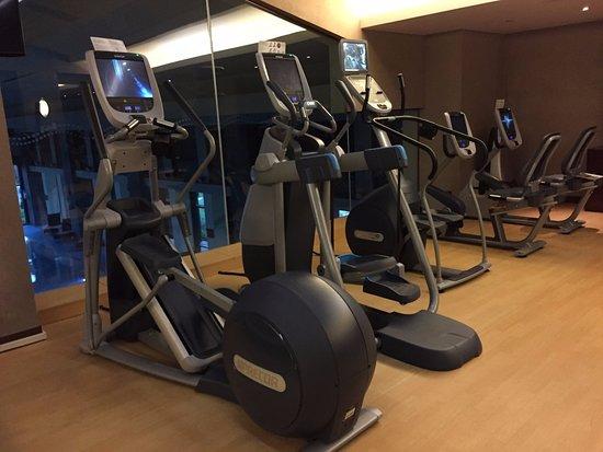 Jiaxing, Chine : Gym 3...