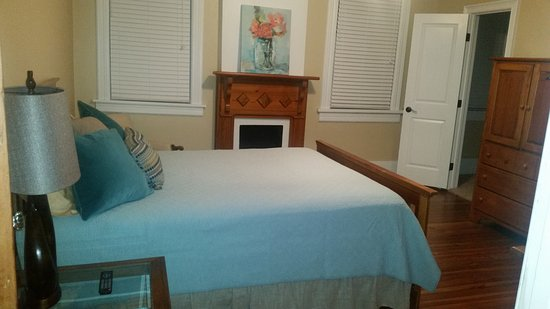 Fitzgerald, GA: Bedroom 1
