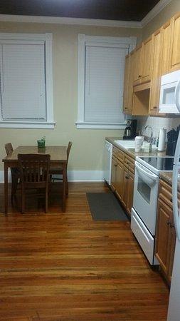 Fitzgerald, GA: Kitchen