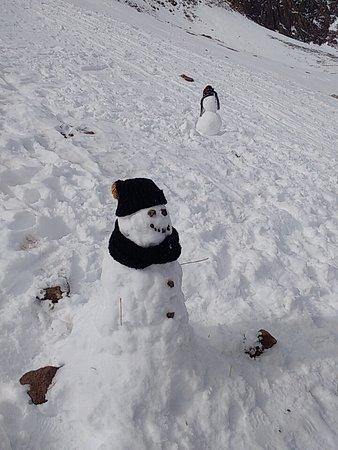 Farellones, Chili: jugando en la nieve