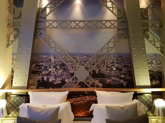 Hotel Design Secret de Paris: Bed Head!