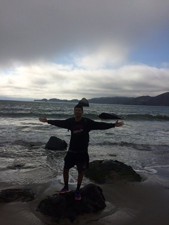 Baker Beach : one of my friends standing on a rock