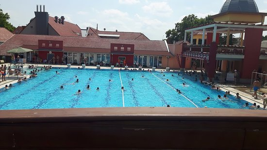 Morahalom, Hungary: Veliki bazen
