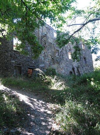 Emilia-Romagna, Italy: ancora case in rovina..