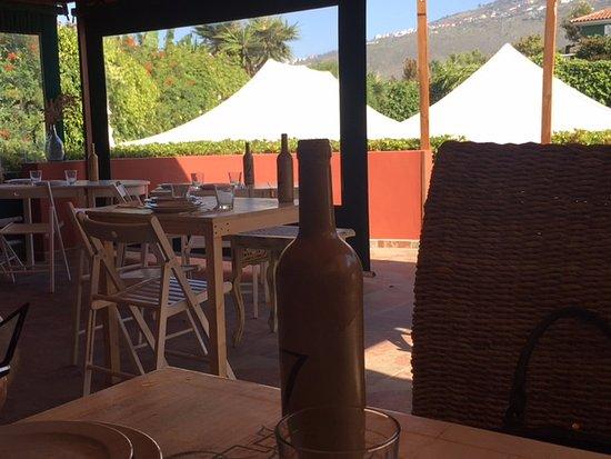 Comedor de sillas plegables - Picture of Restaurante los ...