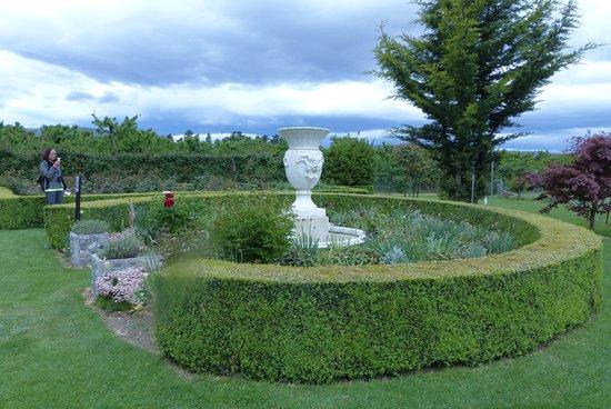 Cromwell, New Zealand: Mrs Jones Rose Garden