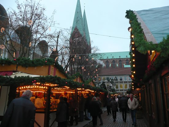 weihnachtsmarkt l beck picture of lubecker weihnachtsmarkt lubeck tripadvisor. Black Bedroom Furniture Sets. Home Design Ideas