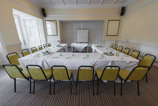 Healing Manor Hotel: The Cadogan Suite is perfect for your business meetings and conferences.
