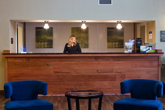 BEST WESTERN Plus Menomonie Inn & Suites: Lobby