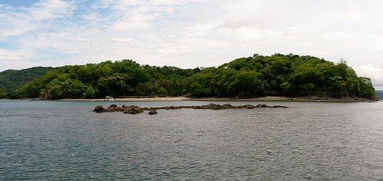 Province of Puntarenas, Costa Rica: Vista del frente de la isla