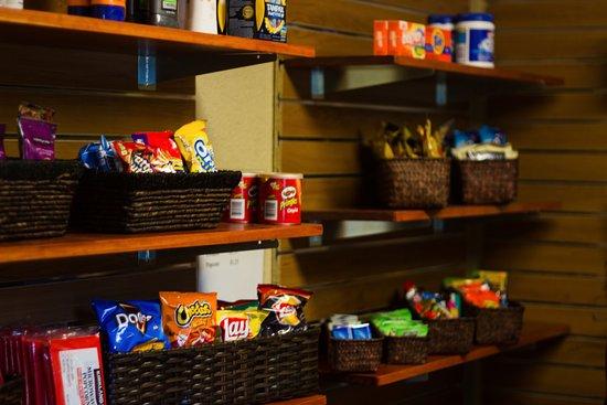 Menomonie, WI: Snack Shop