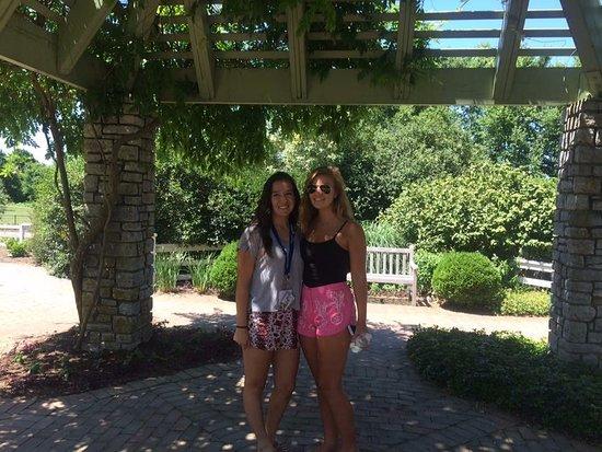 The Arboretum : Freshman orientation detour