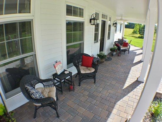 Pequot Lakes, MN: Front Porch