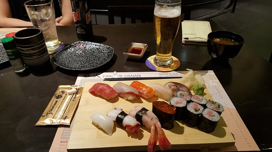 lot 10 food hall damn fresh and good sushi