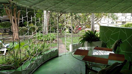 Legend Garden Condos: Covered Patio