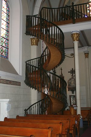 Loretto Chapel: Unsupported Spiral Staircase