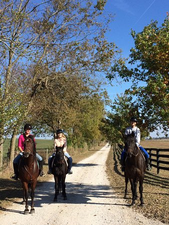 Paris, KY: Fall Trail Ride