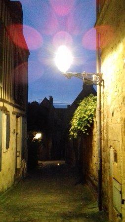 เลอมองส์, ฝรั่งเศส: crépuscule
