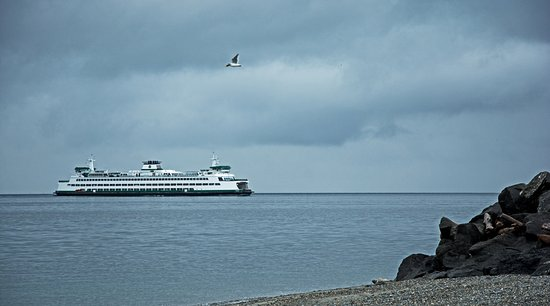 Edmonds, WA: Ferry coming in from Bainbridge Island