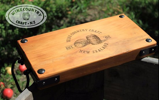 Native NZ Rimu Platter with Wine Country Craft laser etching