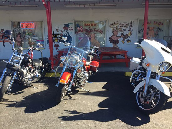 Bowling Green, FL: A beautiful day to ride to Smokin' Joe's!