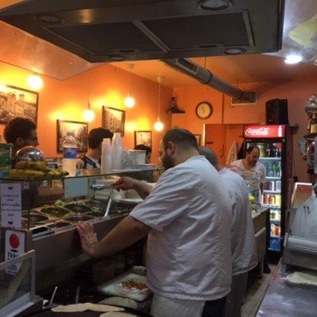 Chez le Libanais: Owners cooking