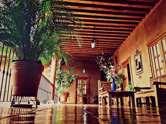 Hotel Casa del Refugio: PASILLO