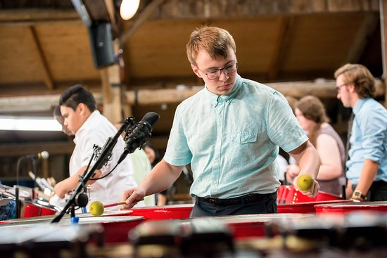 Egg Harbor, วิสคอนซิน: Percussion Academy Student