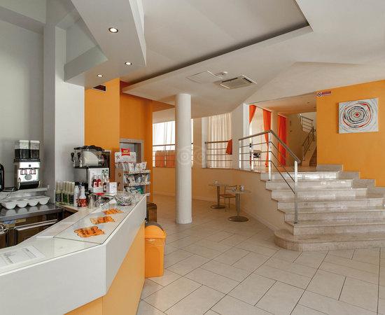 Oasi d 39 oriente hotel residence santa cesarea terme - Ristorante bagno marino archi ...