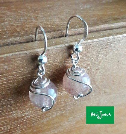 "Kajaani, Finlandia: Classic earring model ""Pampula"""