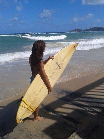 Gaibu Beach: bem esta pessoa da foto é minha irma que por sinal mora em gaibu um lugar otimo praia maravilhos