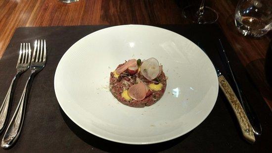 Landscape Restaurant & Grill: Beef tartare