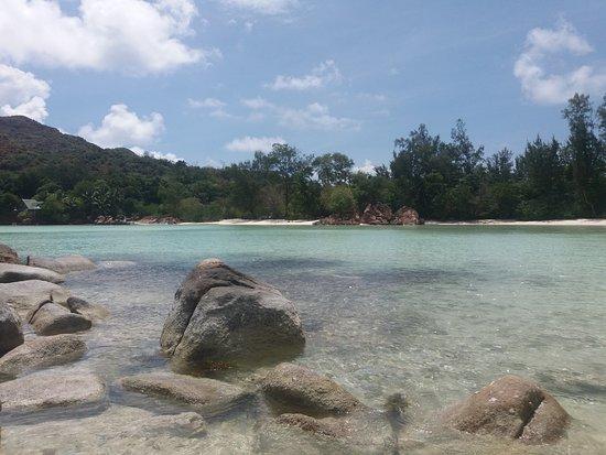 Anse Volbert: le piscine naturali