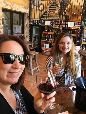 Heart of Texas Wine Tours: photo0.jpg