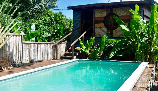 Calibishie, Dominica: Pool and wine bar with convertible Karaoke space