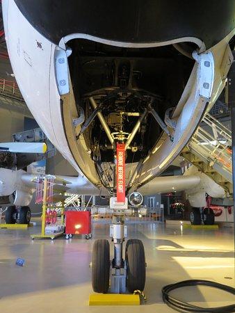 Misawa Aviation & Science Museum : YS-11