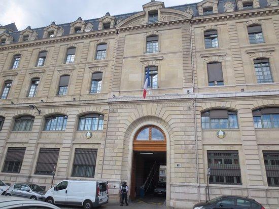 パリ警視庁 - パリ、Prefecture ...