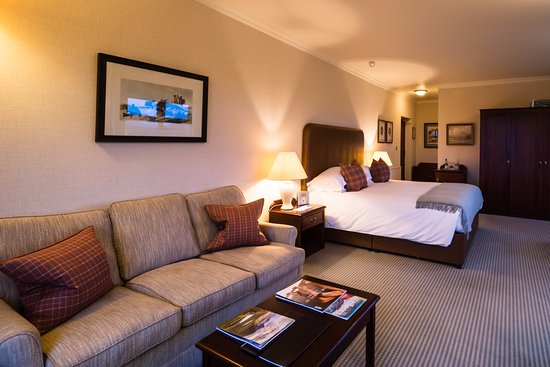 Lochinver, UK: Inver Lodge Hotel & Chez Roux