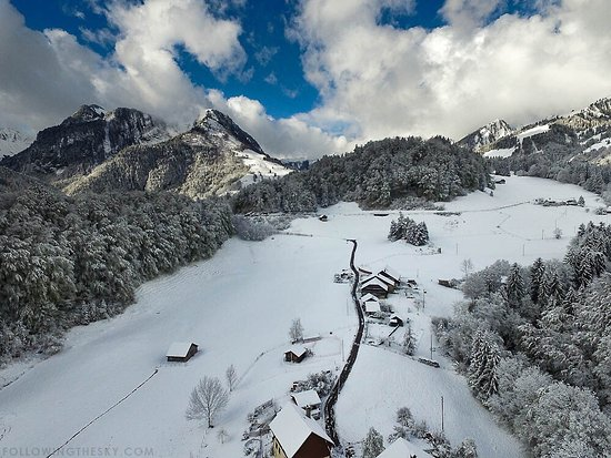 Montbovon, Sveits: La Combaz d'Amont