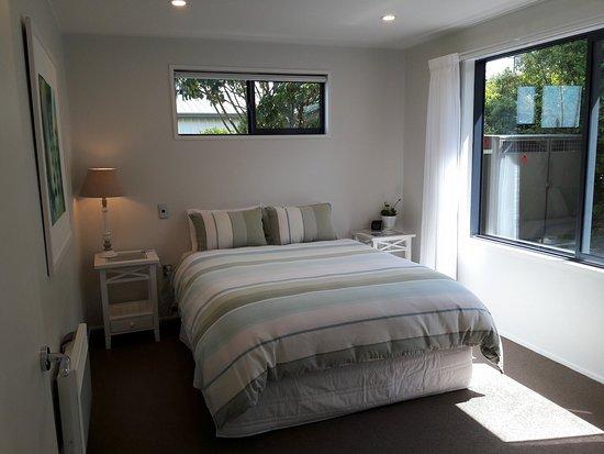 Kaka Point, Новая Зеландия: Unit 1 - Bedroom