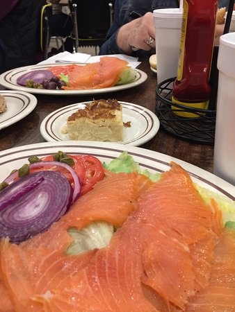 Highland Park, IL: Lox platter and the cinnamon kugel (delicious)