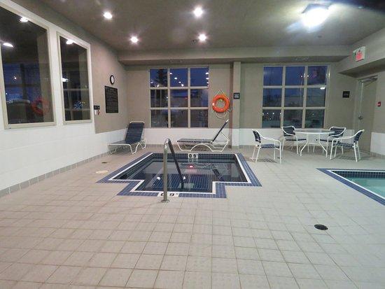 Hampton Inn & Suites Edmonton International Airport Photo