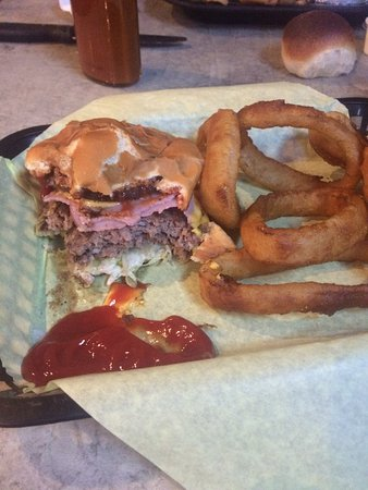 Conrad, MT: The keg burger