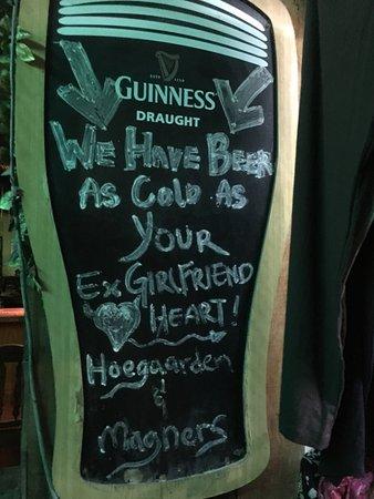Debbie's Place Irish Pub : Nach 6 Jahren besuchten wir wieder debbies Place. Es war nett zu plaudern. Schade dass dieses pu