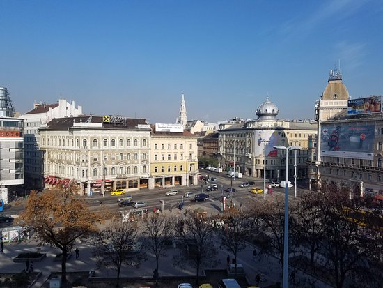 Courtyard Budapest City Center照片