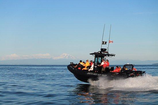 White Rock, Canada: Guardian 1 in the Georgia Strait