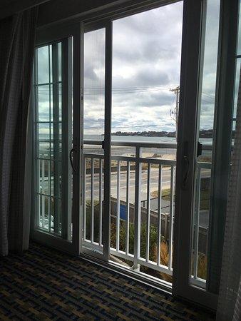Newport Beach Hotel and Suites: photo0.jpg