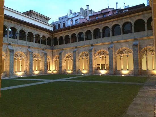 San Telmo Museoa : The old monastery is part of the museum
